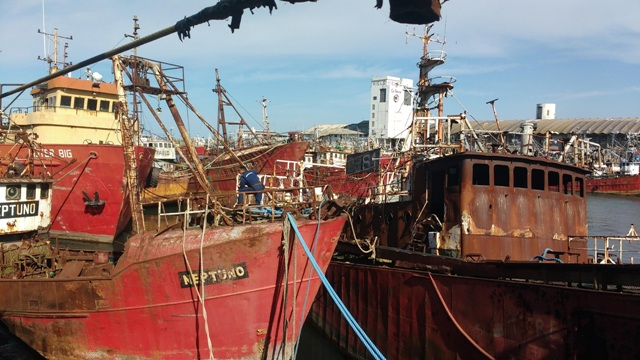 PUERTO DE MAR DEL PLATA: se recuperarán 120 metros de frente de amarre con el desguace de mas de veinte buques inactivos