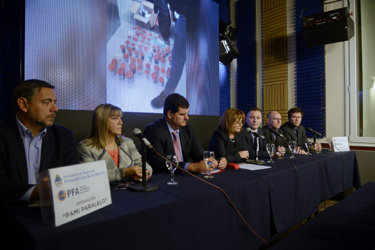 MEDICOS QUE ESTAFABAN AL PAMI Y DEJABAN SIN COBERTURA A LOS JUBILADOS