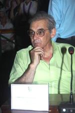 FLORENCIO VARELA: El ejecutivo municipal decreto un día de duelo y bandera a media asta por el deceso de Julio A. Carpinetti